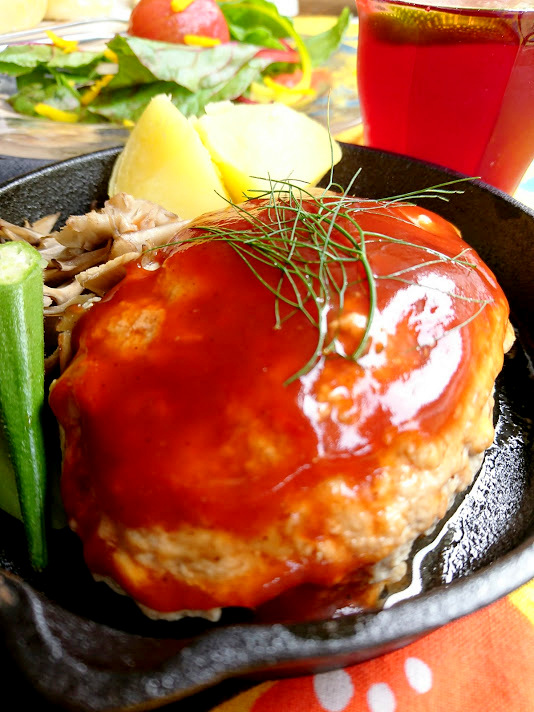 スキレット豆腐ハンバーグ